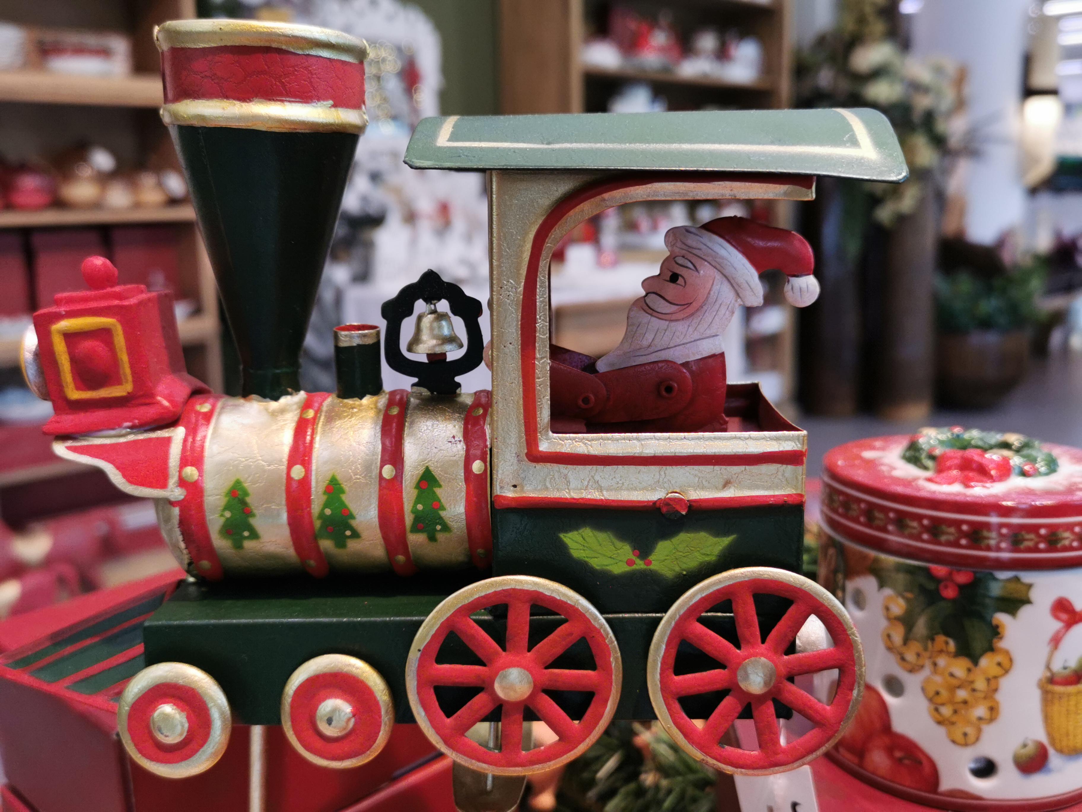 Rendete magico il vostro Natale!! Vi aspettiamo in negozio con tante novità..